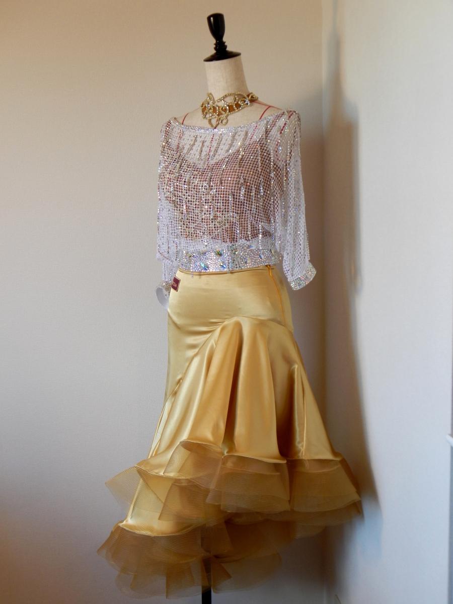 白ネットドルマンスリーブ×ゴールドサテンスカートラテンドレス